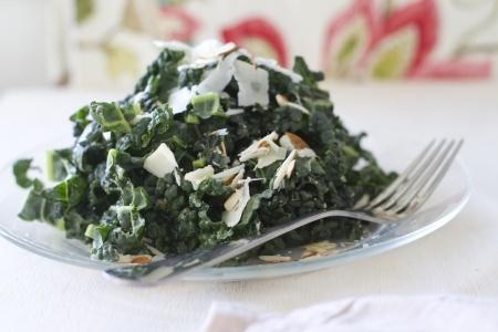 Kale super salad with turmeric chicken recipe